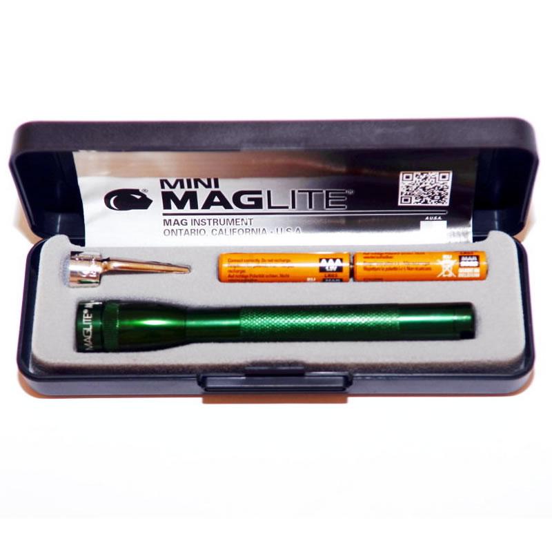 Lanterna Maglite M3A, rezistenta la umiditate, verde
