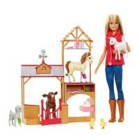 Papusa Barbie la ferma Sweet Farm, accesorii incluse, 3 ani+