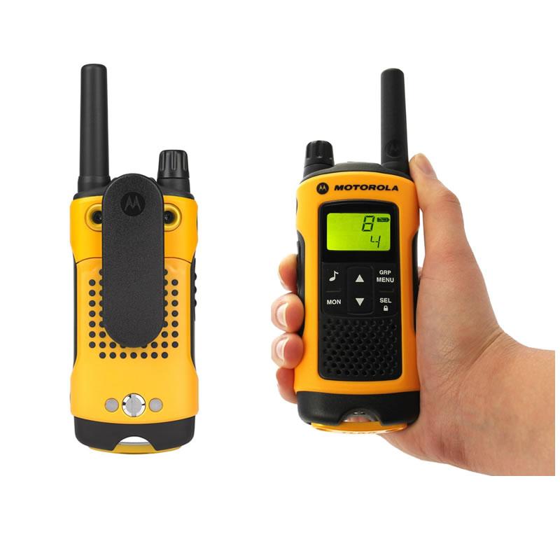Set 4 statii radio profesionale Motorola T80 Extreme