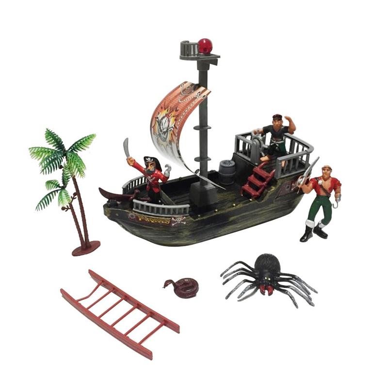 Set Nava cu 3 pirati, accesorii diverse, 3 ani+ 2021 shopu.ro