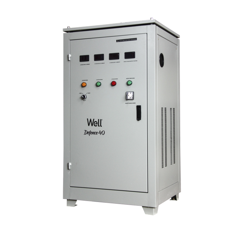 Stabilizator automat de tensiune trifazat Well, 40 KVA, 32 kW, Bypass manual