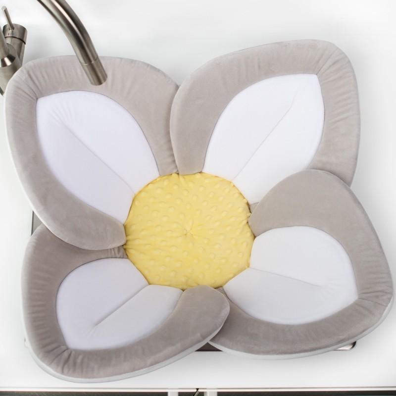 Cadita de plus si salteluta de joaca Lotus BloomingBath, alb/galben