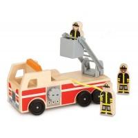 Masinuta de pompieri Melissa & Doug, lemn, 3 figurine incluse, 3 ani+