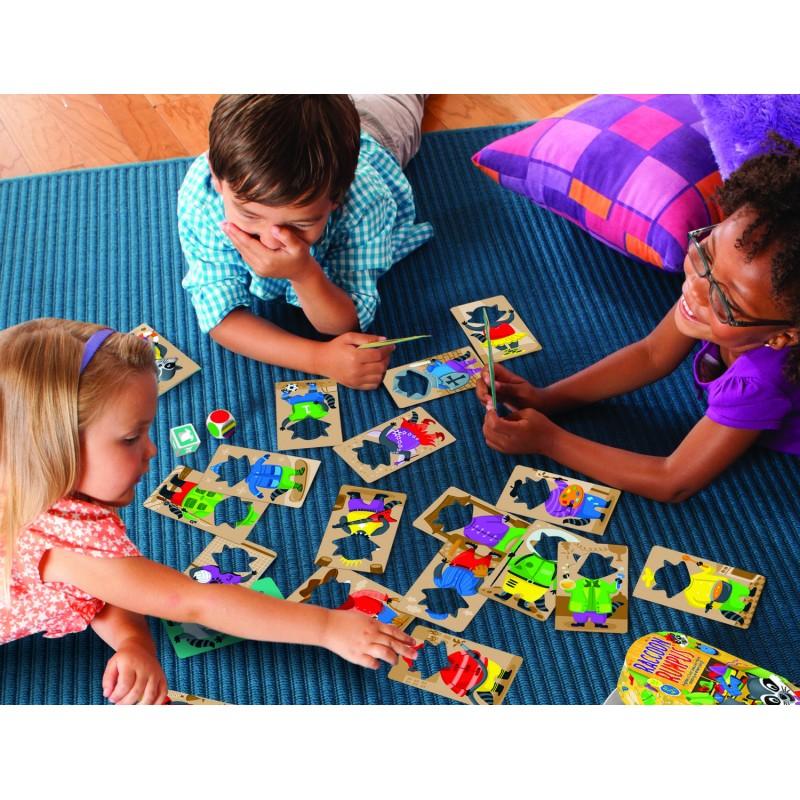 Taraboiul ratonului culori si atribute, 4 carduri cu ratoni, 2 zaruri, 2 - 4 jucatori