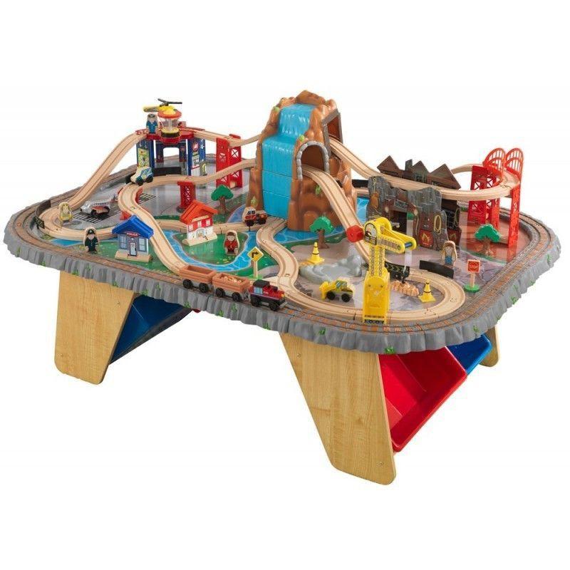 Trenulet Waterfall Junction KidKraft, 112 piese, lemn, masa de joaca inclusa, 3-10 ani 2021 shopu.ro